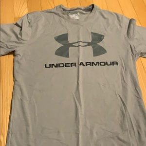 Gray Under Armour T-shirt.